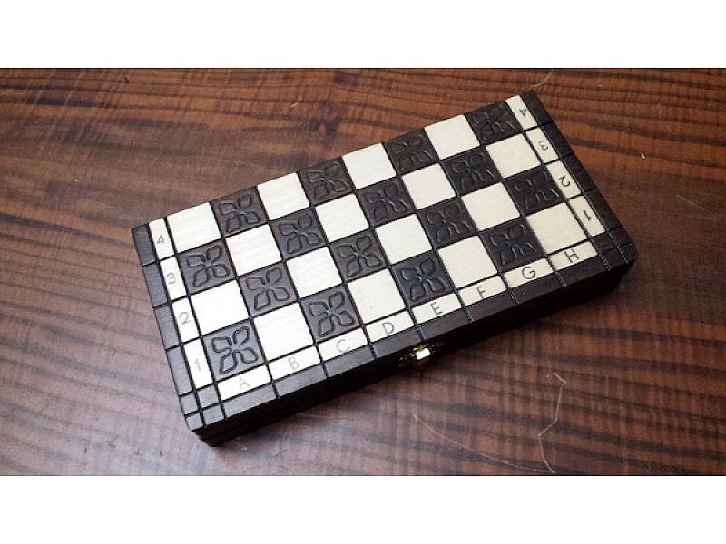 Σκακιέρα CH138
