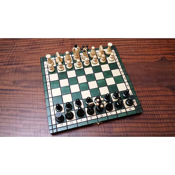 Σκάκι ταξιδίου ξύλινο πράσινο