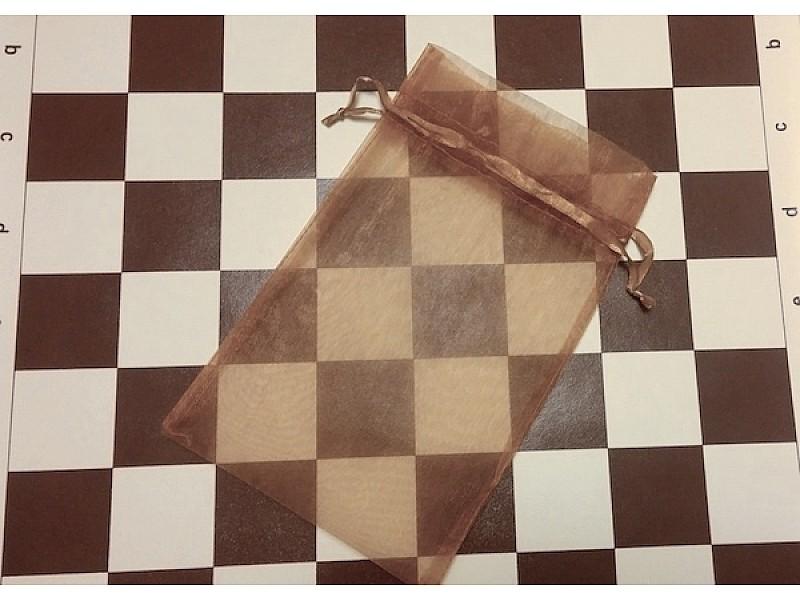 Σκακιέρα βινυλίου 41 Χ 41 εκ. με πλαστικά πιόνια για σκάκι & πουγκί