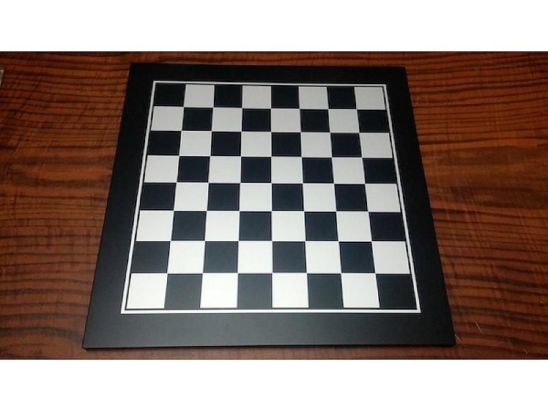 Σκακιέρα και ντάμα ξύλινη  με ξύλινα πιόνια και πούλια για ντάμα  Κωδικός 2802