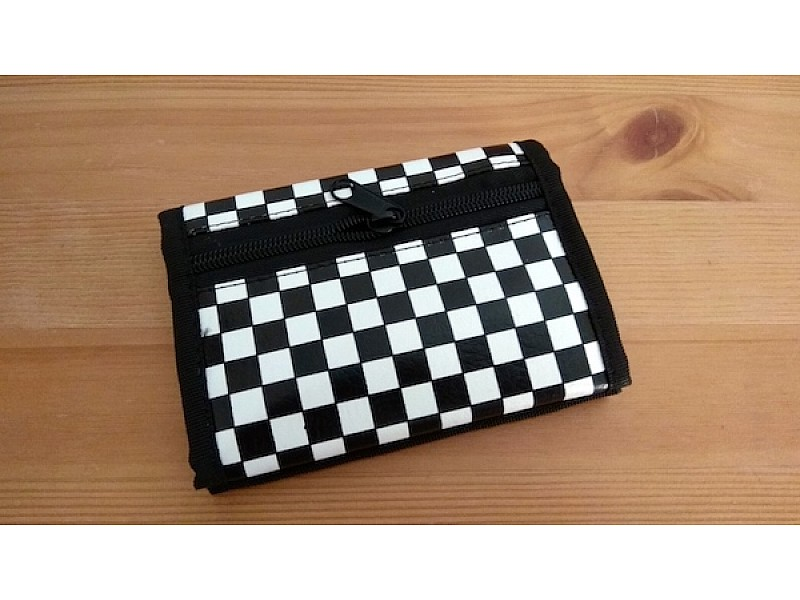 """Πορτοφόλι με θέμα """"σκακιέρα"""""""