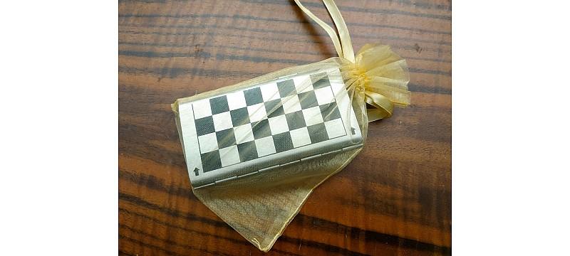 Σκάκι σετ αλουμινίου ταξιδίου