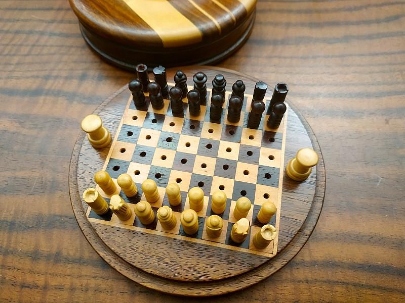 Στρογγυλό σκάκι προπόνησης / ταξιδίου - Διάμετρος 12 εκ.