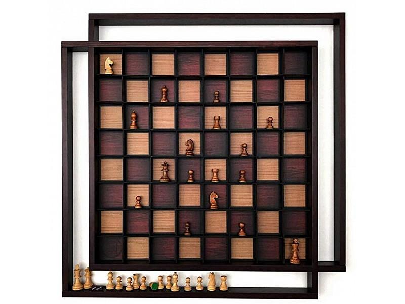 Ξύλινη κάθετη 3D σκακιέρα σαλονιού. Συνολική διάσταση 79 Χ 79 εκ.