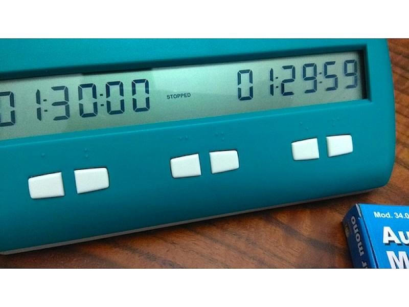 Σκακιστικό ρολόι για τυφλούς  και για  ανθρώπους με προβλήματα όρασης