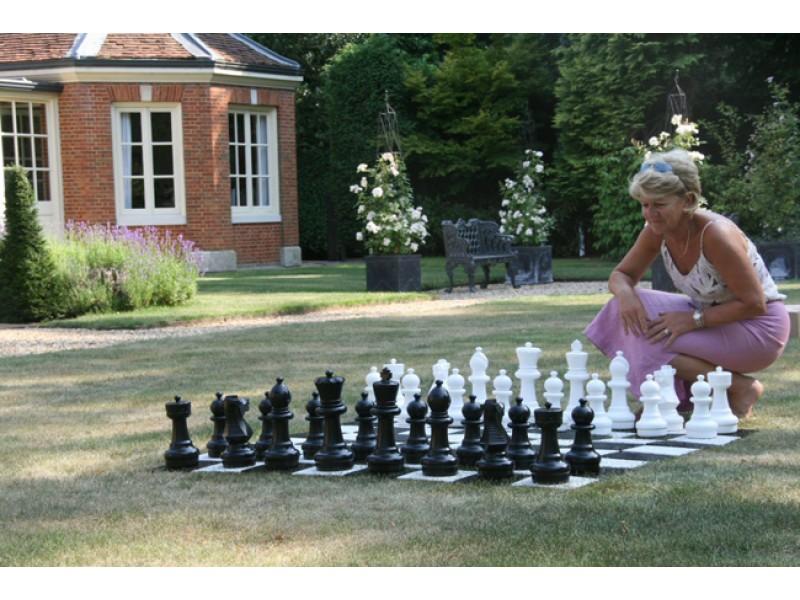 Σκακιέρα εξωτερικού χώρου -  δάπεδο για τα πιόνια  εξωτερικού χώρου με ύψος 30 εκ.
