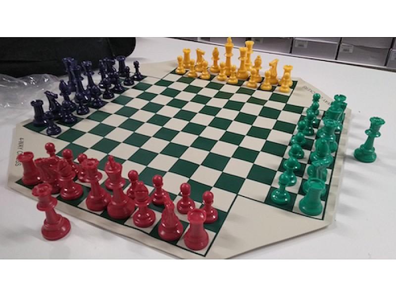 Σκάκι για 4 παίκτες βινυλίου με θήκη μεταφοράς
