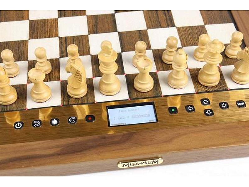 The King Performance - Millennium Chess Computer