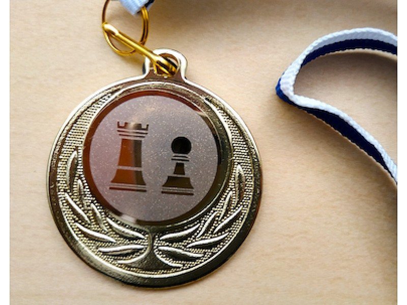 Μετάλλιο βράβευσης (Χρυσό)