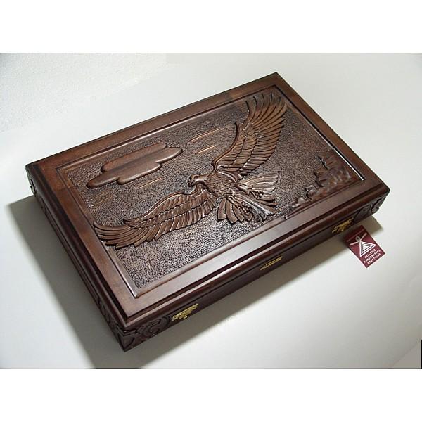 Τάβλι σκαλιστό με θέμα Αετός