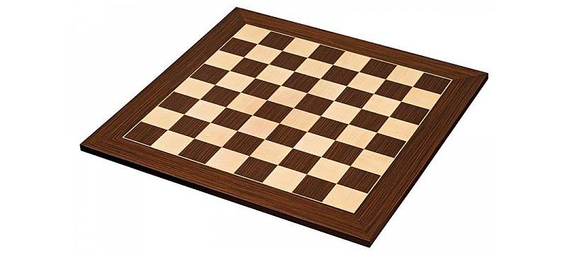 Ξύλινες μάτ σκακιέρες σε πλακέτα