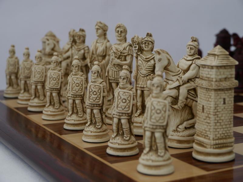Ρωμαικό σέτ θεματικά πιόνια  (Χρώμα μωβ - εκρού)